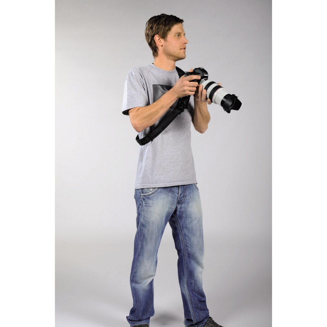 "awx5 High-Res Appliance 5 - Hama, ""Quick Shoot Strap"" Carrying Strap for SLR Cameras"